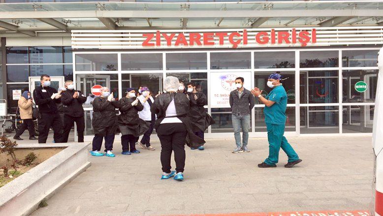 Testi pozitif çıkan UMKE personeli tedavinin ardından taburcu edildi