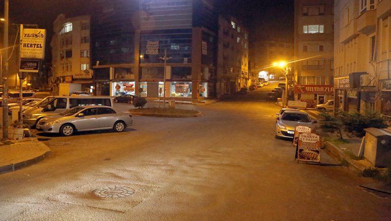 Yasak başladı, sokaklar boşaldı