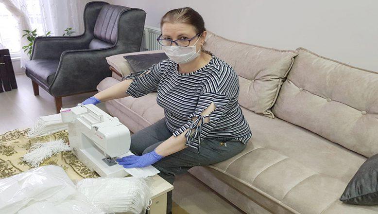 Havsa'da ev hanımları maske üretimine başladı