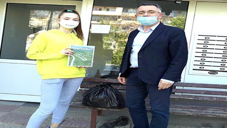 Azerbaycan'ın Sofya Büyükelçiliği'nden, yetim çocuklara yardım