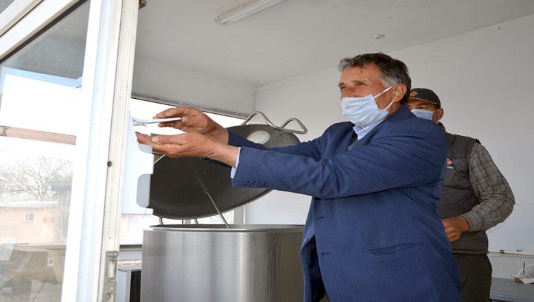 Süt alım merkezlerine, dezenfektan pompaları takıldı