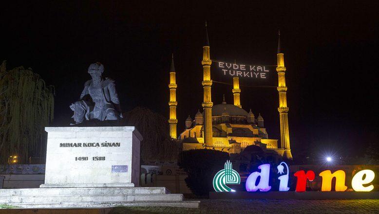 """Selimiye'den """"Evde Kal Türkiye"""" mesajı"""