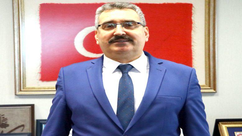 Online seslendirdikleri İstiklal Marşı'nın, klibini hazırladılar