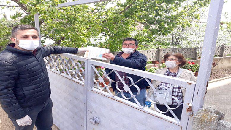 3 bin 300 haneye, ücretsiz maske dağıtıldı