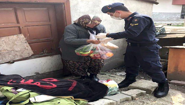 Jandarmanın, yaşlı ve hastalara desteği sürüyor