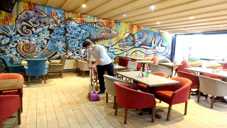 Kafe ve restoranlar, yeniden açılmak için hazırlanıyor