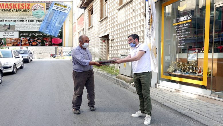 Yerel bir gazete, ücretsiz maske dağıtmaya başladı