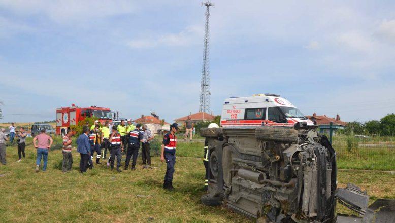 Trafik kazasında 3'ü çocuk 5 kişi yaralandı