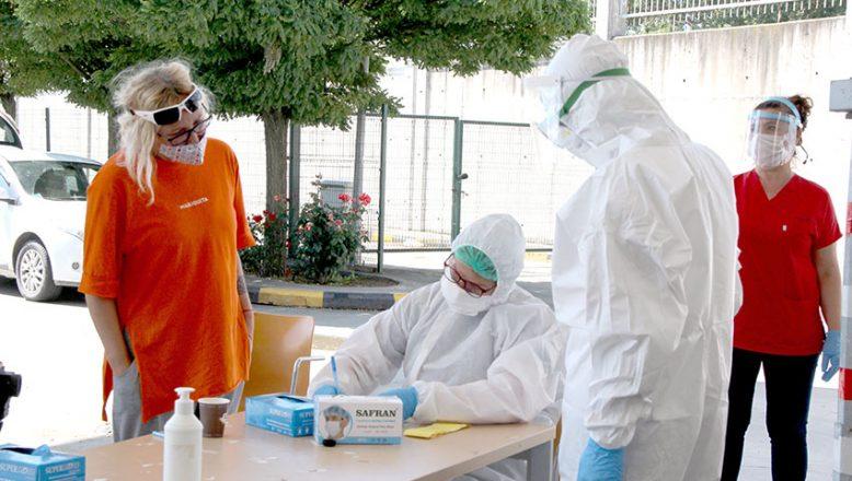 Sınır kapılarında koronavirüs testi yapılıyor
