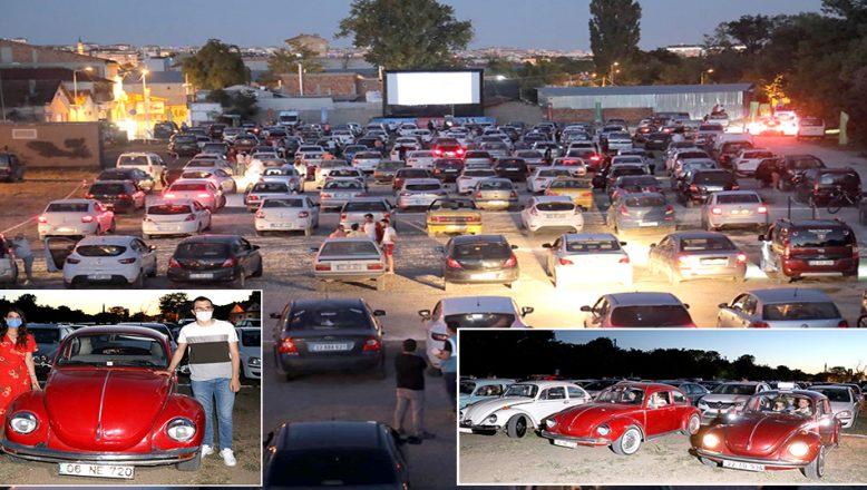 'Arabalı Sinema Gecesi' ile sinema keyfi, arabalara taşındı