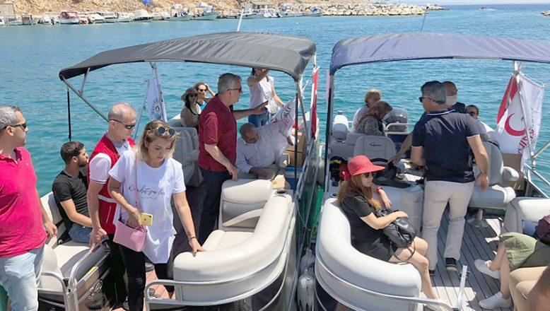 """Şehit ailelerine Saros Körfezi'nde """"moral turu"""""""