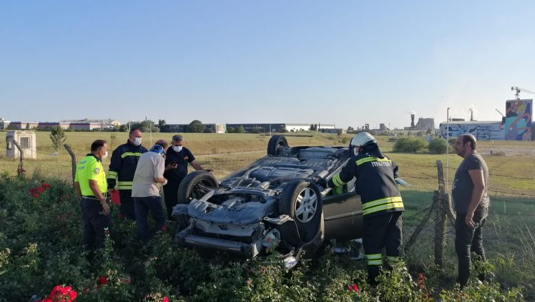 Kontrolden çıkan otomobil takla attı; 3 yaralı