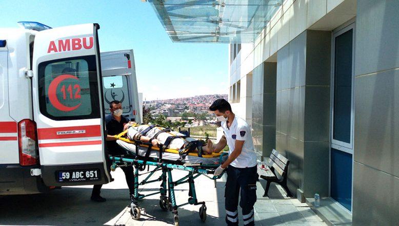 Kamyon devrildi 3 kişi yaralandı