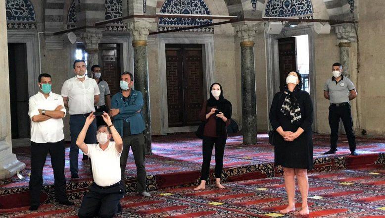ABD'nin Ankara Büyükelçisi Satterfield ve ailesi Edirne'nin tarihi alanlarını gezdi