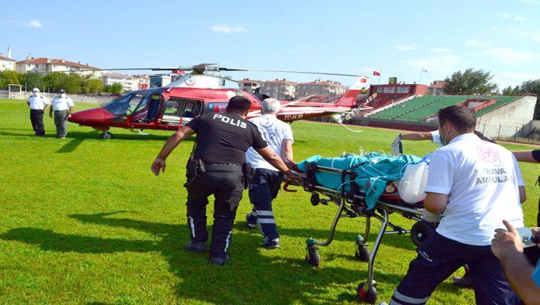Ambulans helikopter elektrik akımına kapılan Suriyeli genç için havalandı