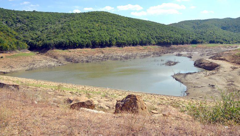 Göletlerin suyu azaldı