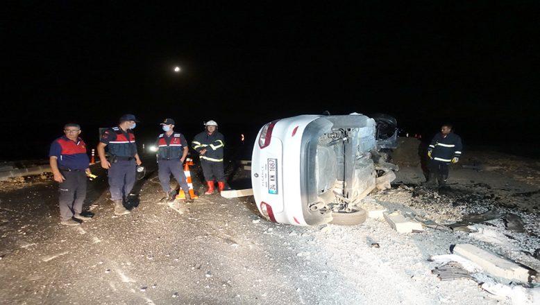Şarampole devrilen otomobilde iki kişi yaralandı