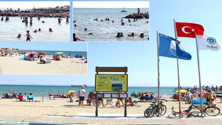 Mavi Bayraklı plajlarıyla, tatilcileri cezbediyor