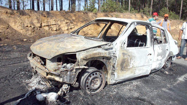 Otomobilde başlayan yangın ormana sıçradı