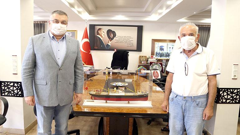 Atatürk Evi'ne anlamlı hediye