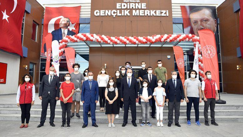 Açılışını Cumhurbaşkanı Erdoğan yaptı