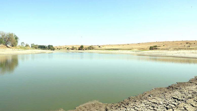 Bir gölete daha su takviyesi