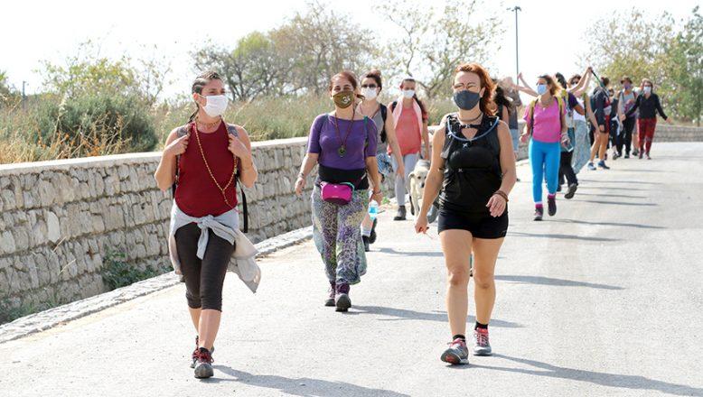 Troya Kültür Rotası'ndaki 7 günlük yürüyüşe başladılar