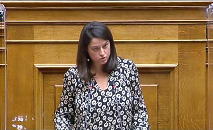 Yunanistan'ın eğitim bakanı koronaya yakalandı