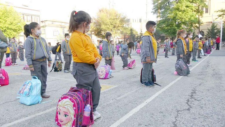 Bayram sonrası okullar açılacak mı?