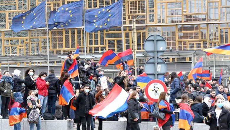 """""""Ermenistan, Avrupa'nın aşırı sağcılarından medet umuyor"""""""