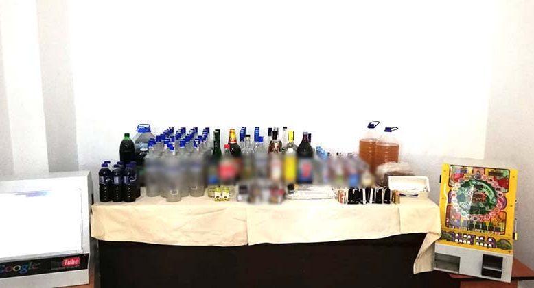 77 litre kaçak içki ele geçirildi