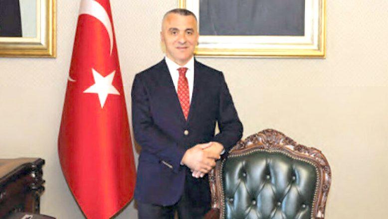 Vali Bilgin'den, Türk Bayrağı duyarlılığı