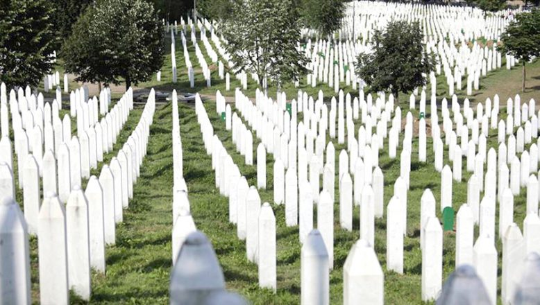 Eski Sırp komutana, Srebrenitsa Soykırımı'ndan 9 yıl hapis