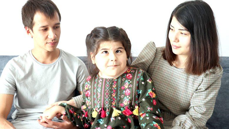 Türkmen aile, çocuklarının tedavisi için Türkiye'yi tercih etti