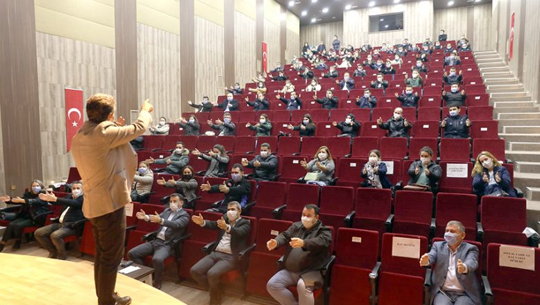 AA Yönetim Kurulu Üyesi Kızıldağ, konferans verdi