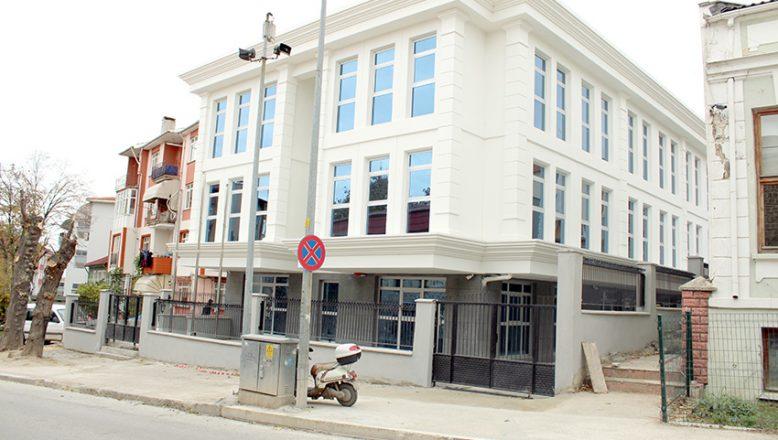 İŞKUR'a modern bina