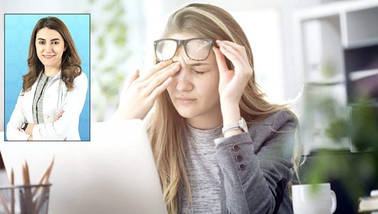 """""""Bilinçsiz bilgisayar kullanımı, göze zarar veriyor"""""""
