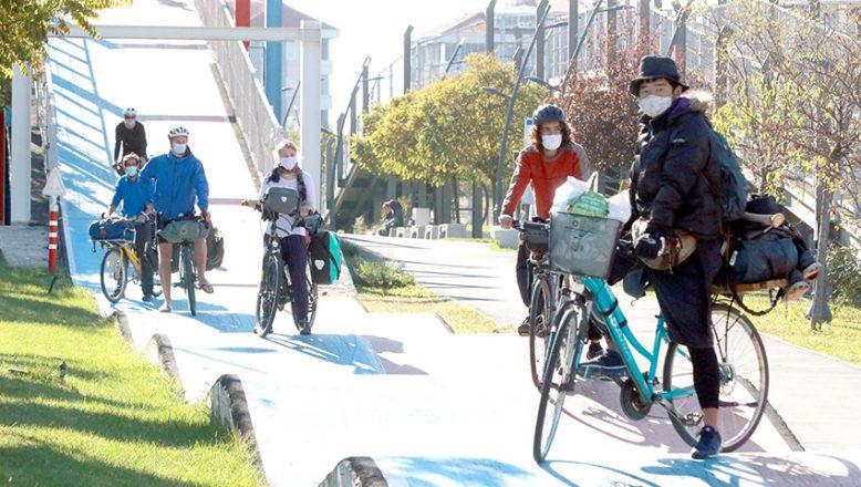 Bisiklet gezginlerine ev sahipliği yapıyor