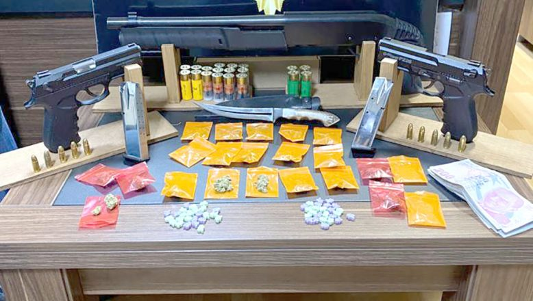 Uyuşturucuoperasyonunda 4 tutuklama