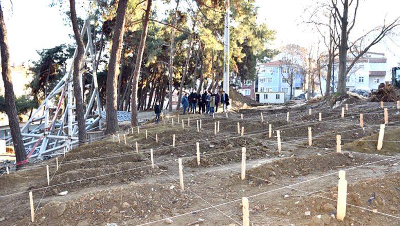 Kurtçeşme Çanakkale Şehitliği'nde incelemelerde bulundu