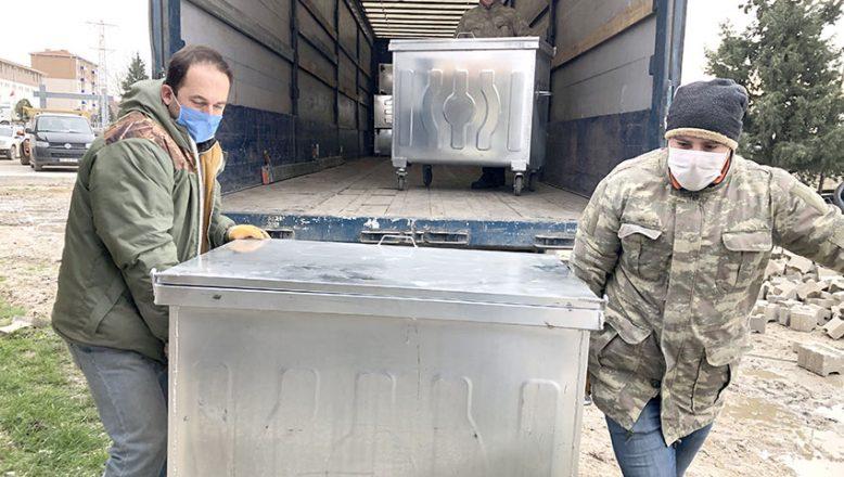 İmamoğlu'dan bir TIR çöp konteyneri