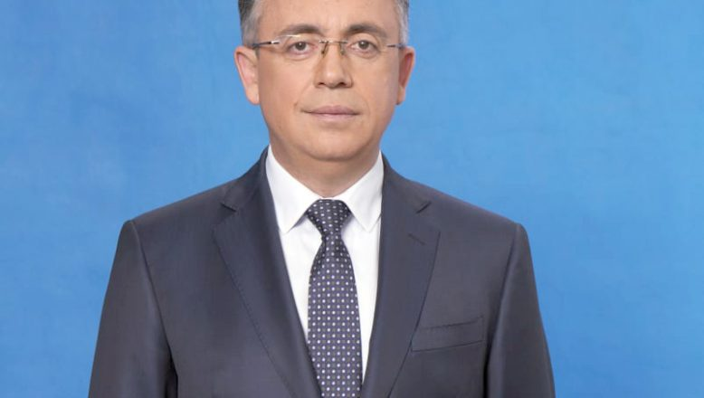 Azis, devletten Covid-19 aşıları hakkında daha fazla bilgi talep etti