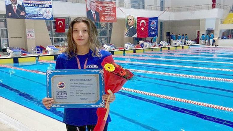 Buse'den Türkiye rekorları