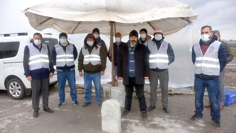 Zorla izne çıkarıldıklarını iddia eden işçiler eylem yaptı
