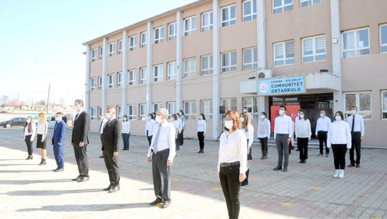 Süloğlu'nda İstiklal Marşı coşkusu