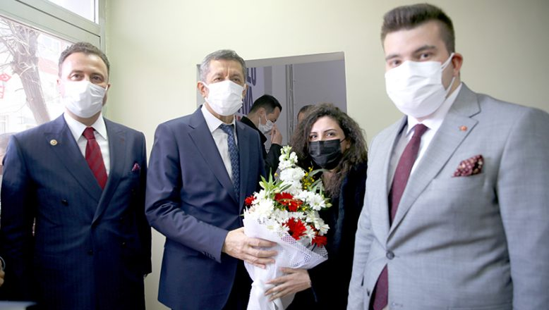 Bakan Selçuk, Kırklareli'nde öğretmenlerle buluştu