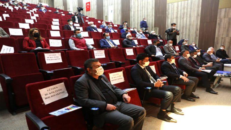 Bir meclis üyesi 2 defa oy kulladı iddiası