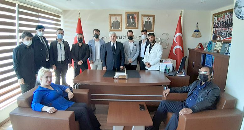 MHP'ye katılımlar sürüyor