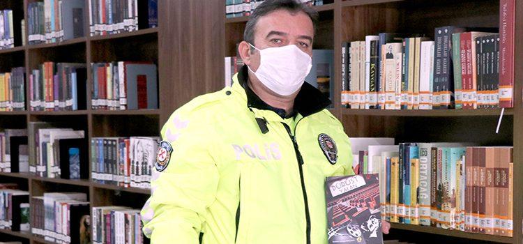Trafik polisi yeni roman için kolları sıvadı