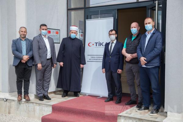 TİKA'nın Karadağ'da destek sağladığı İslam Kültür Merkezi açıldı